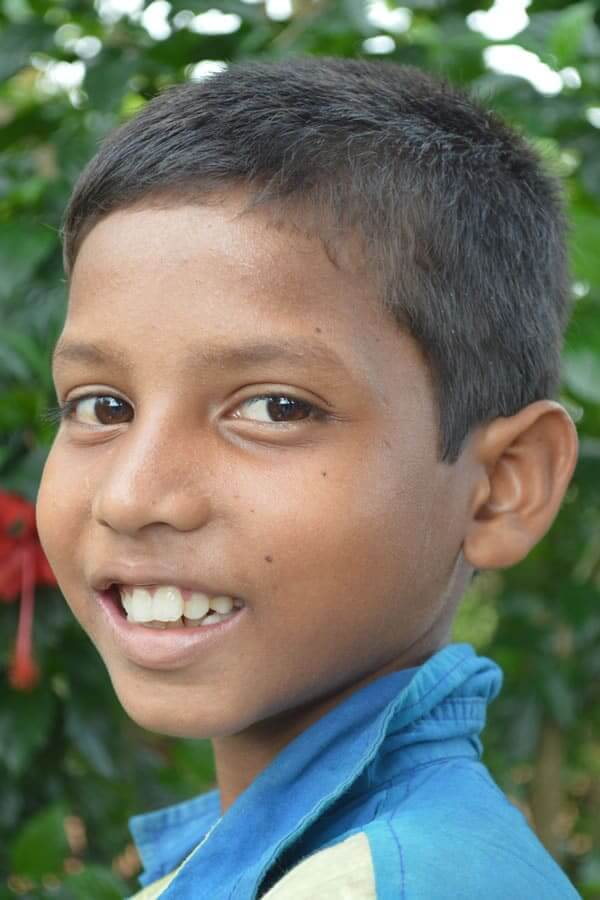 Ladhia Beshra ID3287 Grade: 2 Male