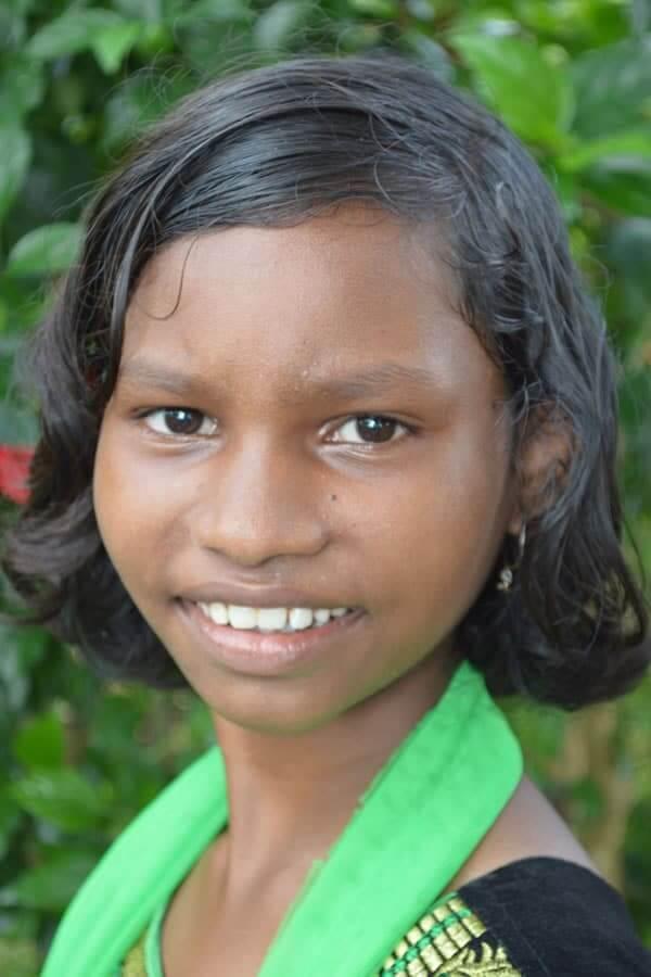 Sunia Soren ID3306 Grade: 4 Female