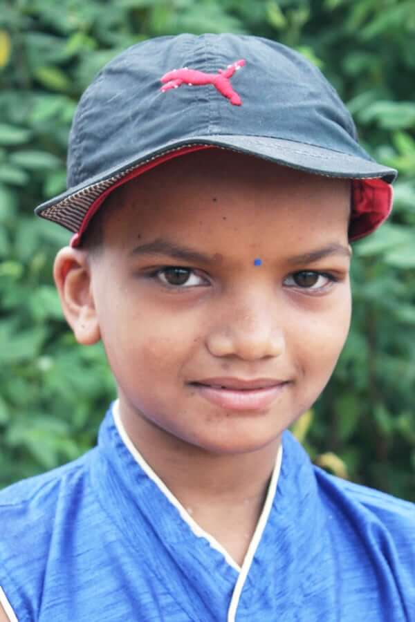 Manisha Naik ID# 3502 Grade: 5 Female